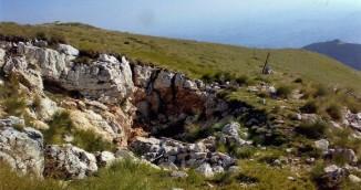 L'ingresso della Grotta della Sibilla come si presenta
