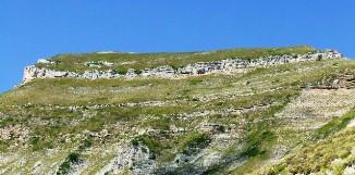 """il Monte Sibilla e la caratteristica """"corona"""""""